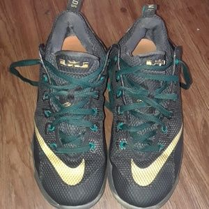 uk availability 4d9fa aac42 ... release date lebron 12s low 1c926 61e8a